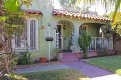 318  Franklin,  Santa  Ana , CA 92703