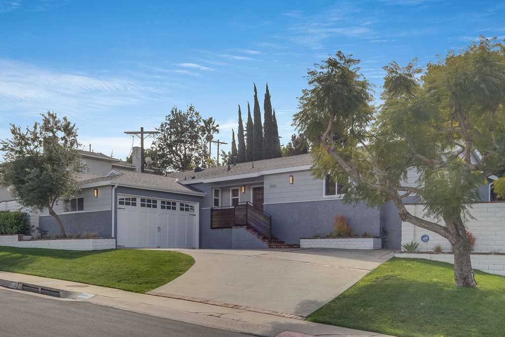 5866 W 78th Place, Los Angeles 90045