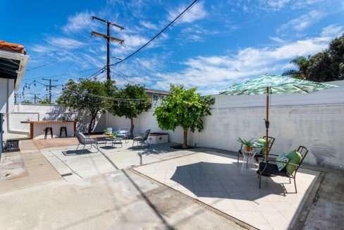 715 W South St Anaheim CA-large-038-024-IMG 0606-1500x1000-72dpi